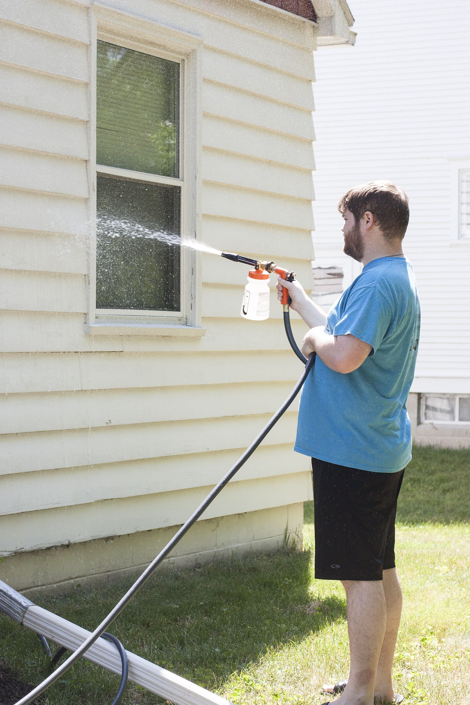 Washing A House Exterior Without