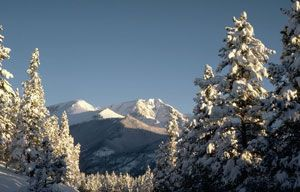 Enjoy Winter in Rocky Mountain National Park, Colorado On Snowshoes, Skis, Sleds And More   National Parks Traveler