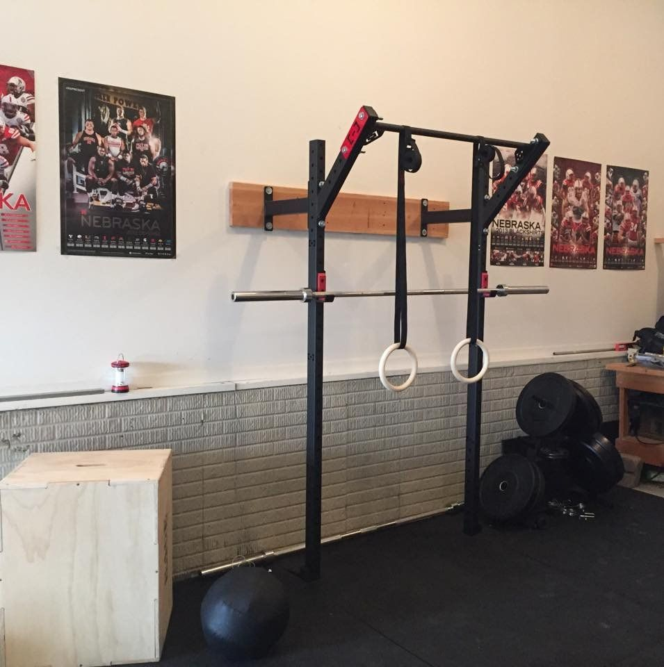 Slim gym rig round isn t my shape at home gym gym garage gym