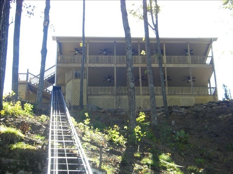 House vacation rental in lewis smith lake from