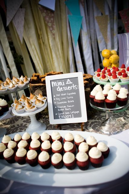 Mini Desserts Are Perfect For Guests Who Want To Mingle While Enjoying Their Sweet Snacks Dessert Weddingtreats Reception