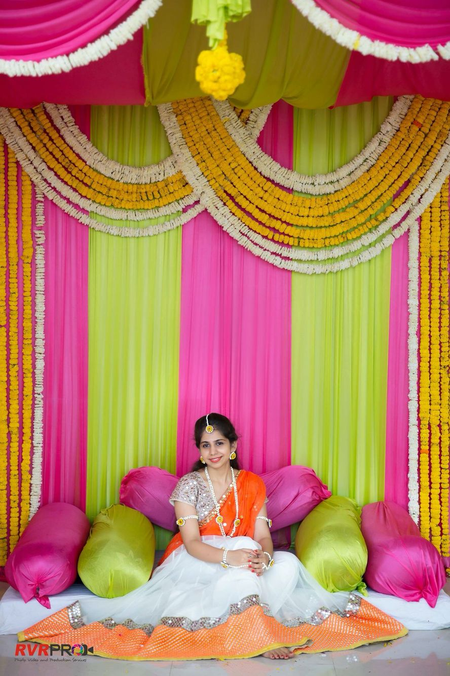 Pin By Dreaming Loud On Lehengas And Half Sarees In 2019 Wedding