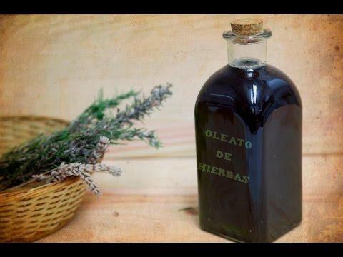 Si Te Gustan El Romero El Tomillo Y La Salvia Puedes Elaborar Este Estupendo Remedio Casero Hierbas Hierbas Aromáticas Remedios Caseros