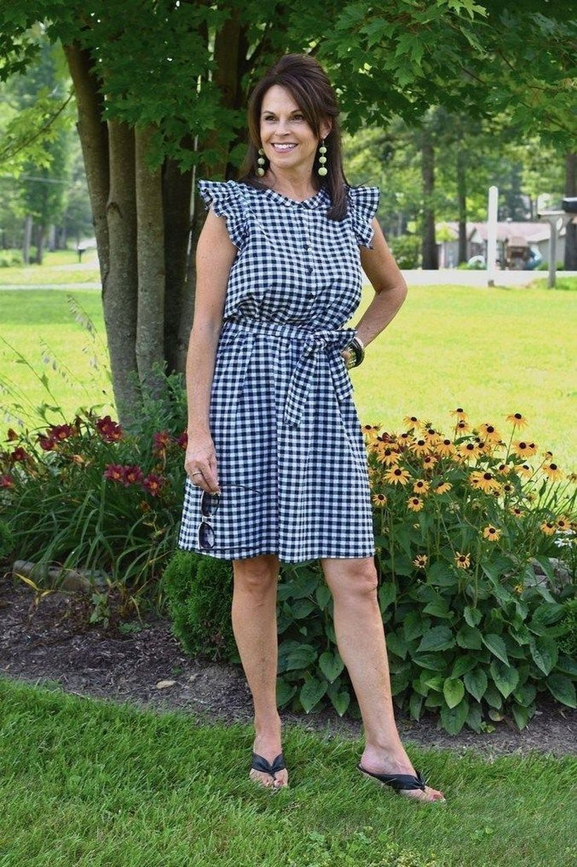 31 Simple But Stylish Casual Outfit For Women Over 40 Years Stylish Summer Outfits Gingham Dress Big Bust Fashion [ 1231 x 820 Pixel ]