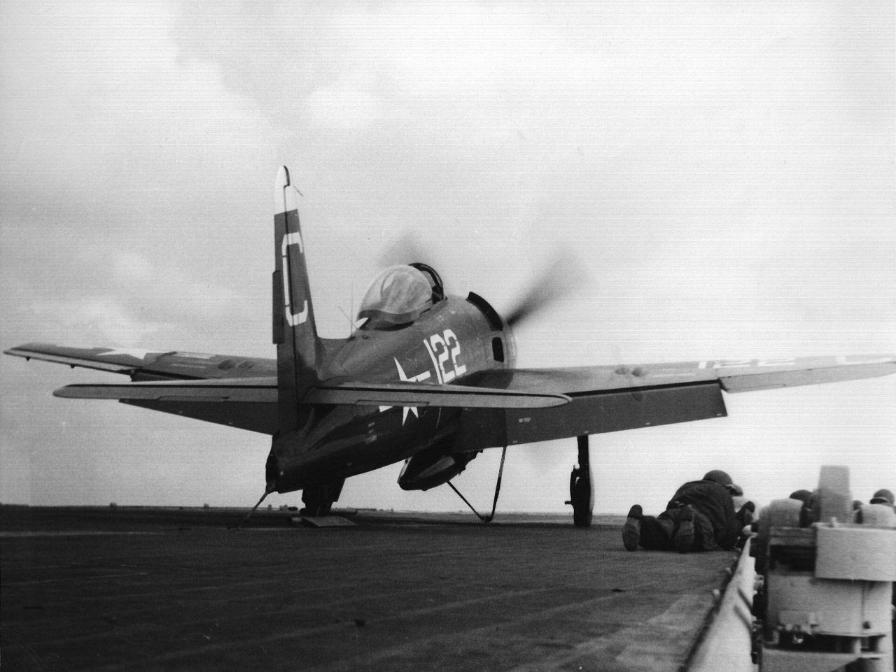 F8F Bearcat on catapult ready for takeoff. | ぷろぺら | Pinterest