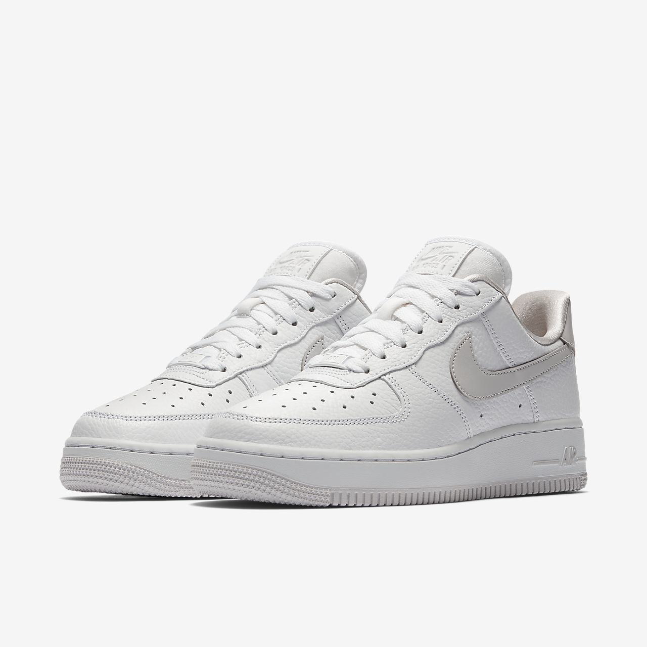 367f6348625dc Nike Air Force 1  07 SE Women s Shoe