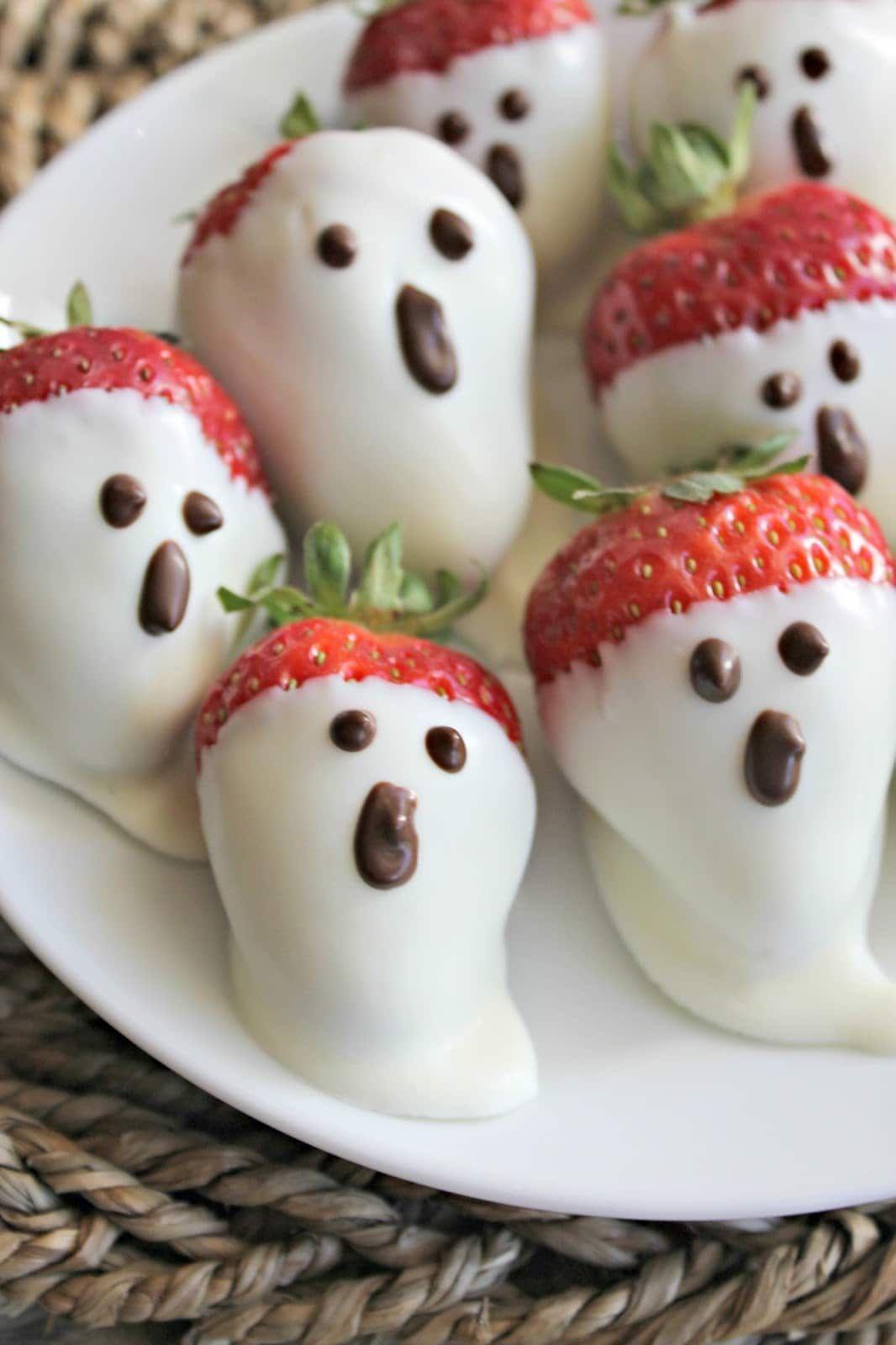 Easy Halloween Treats | Ghost Strawberries