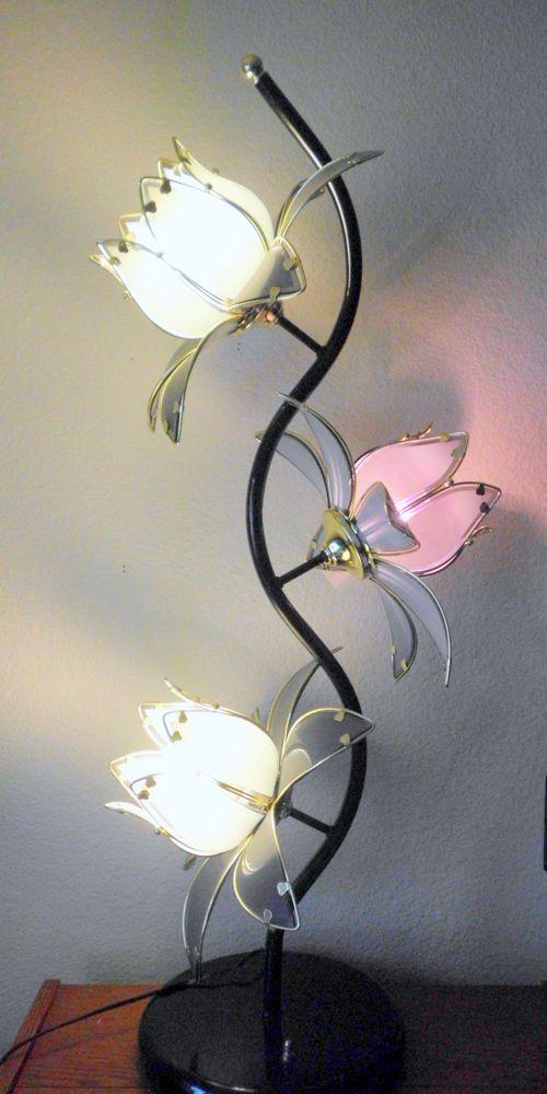Mid Century Modern Lg 40 Lotus Flower 3 Way FloorTable