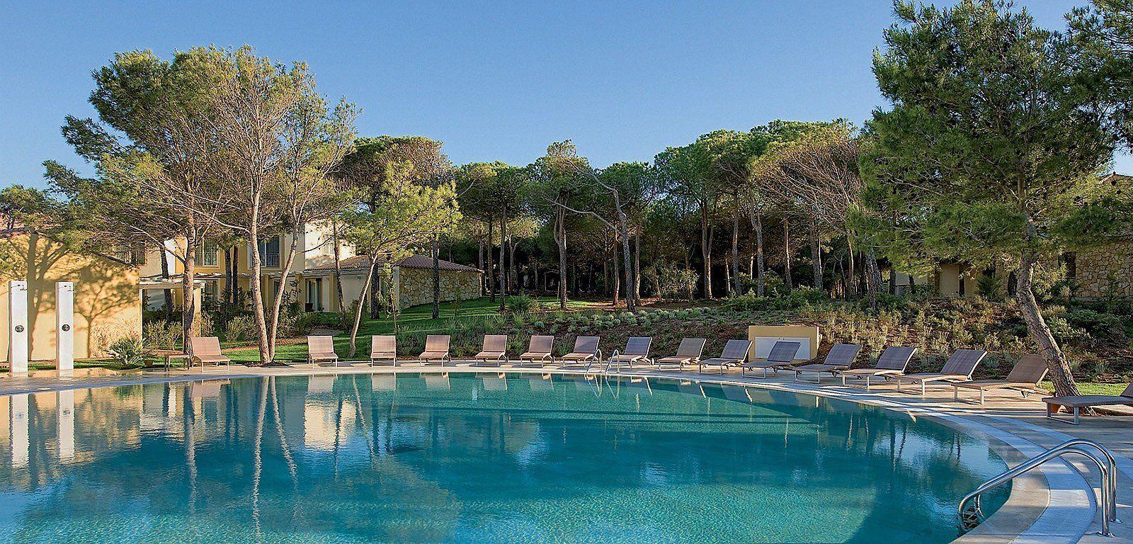 Piscina Esterna Al Golf Hotel Is Arenas Resort Hotel E Comfort