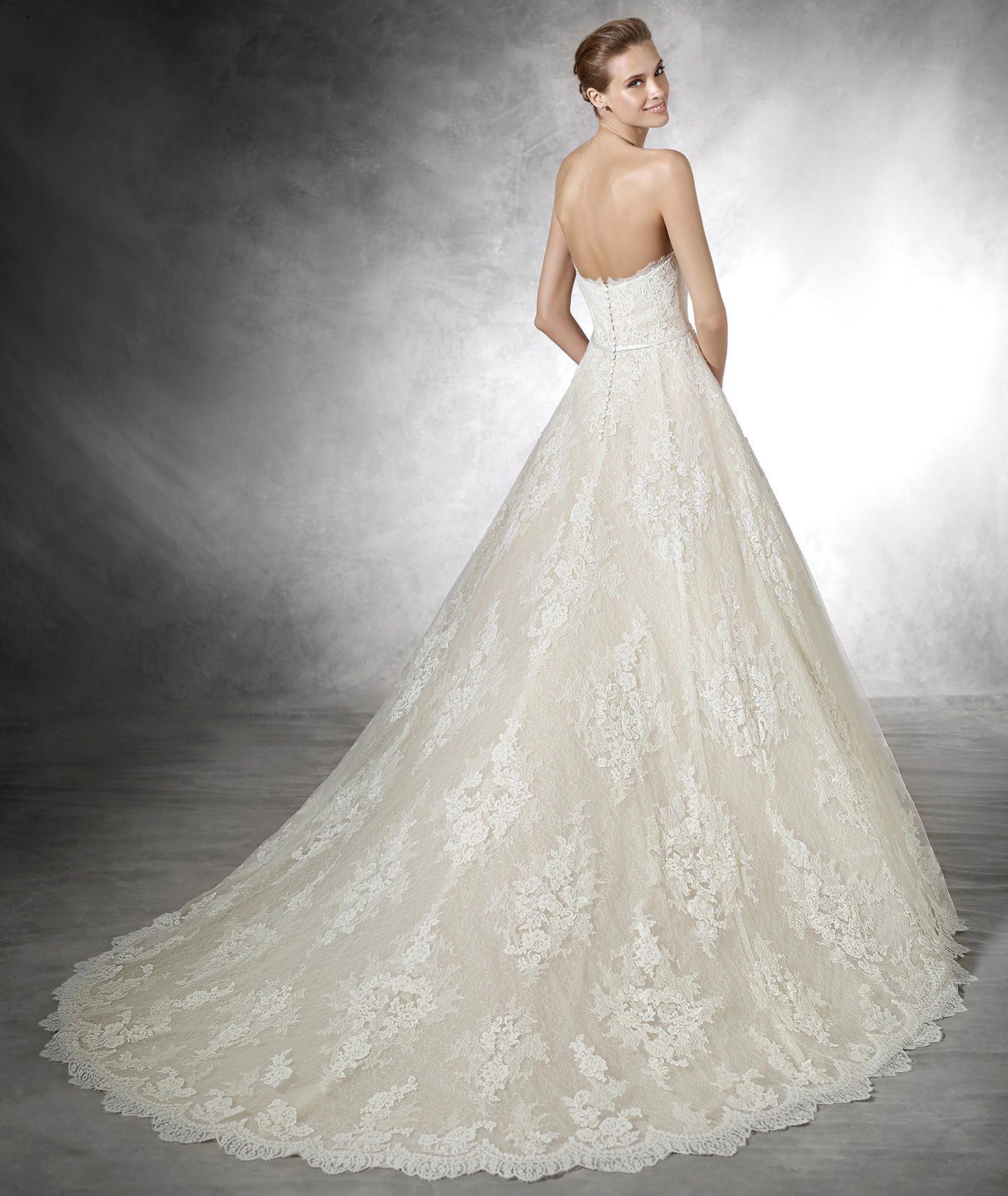 TAFFI - Princess wedding dress with sweetheart neckline | Princess ...
