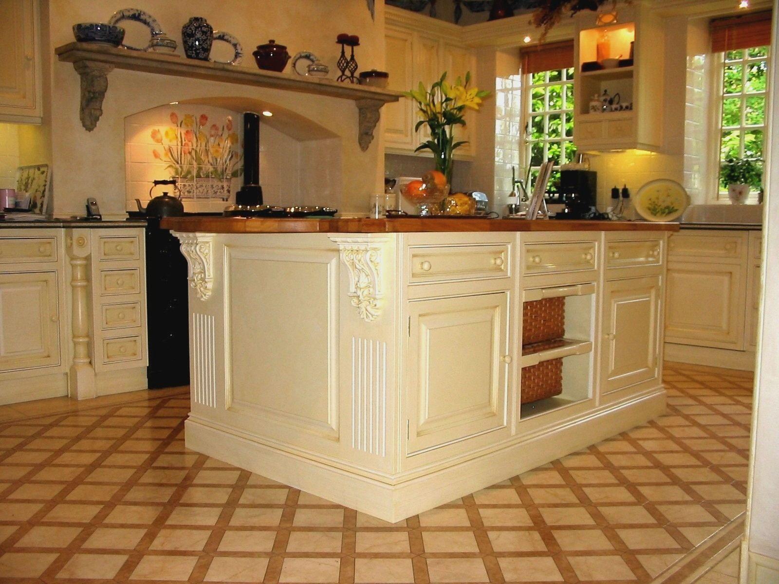 Kitchen Design Ideas Uk 2015 Kitchen Shelf Design Kitchen Design Traditional White Traditional Kitchen Design