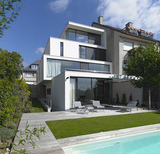 Low Energy House In Town Luxembourg Steinmetzdemeyer Maison D Architecture Maisons Contemporaines Maison De Plage Contemporaine