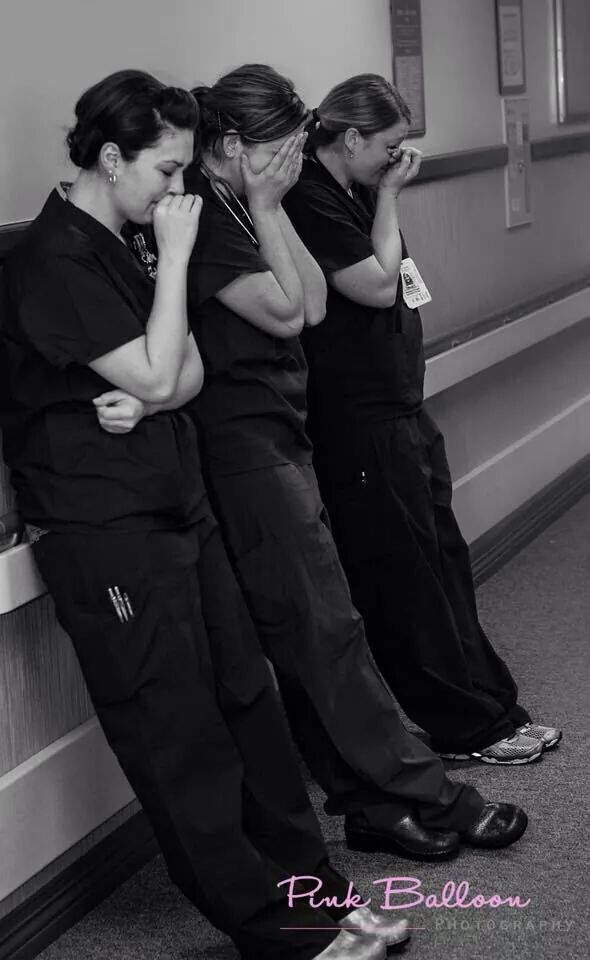 Las enfermeras que lloran.