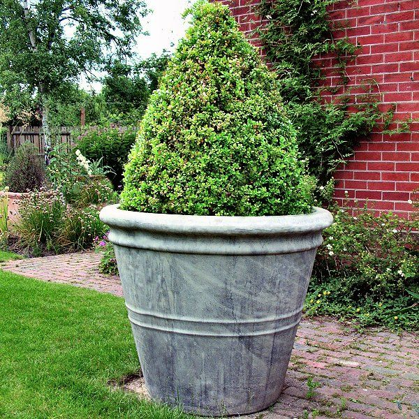 Extremely Large Stone Garden Pot In With Aged Cotswold Finish