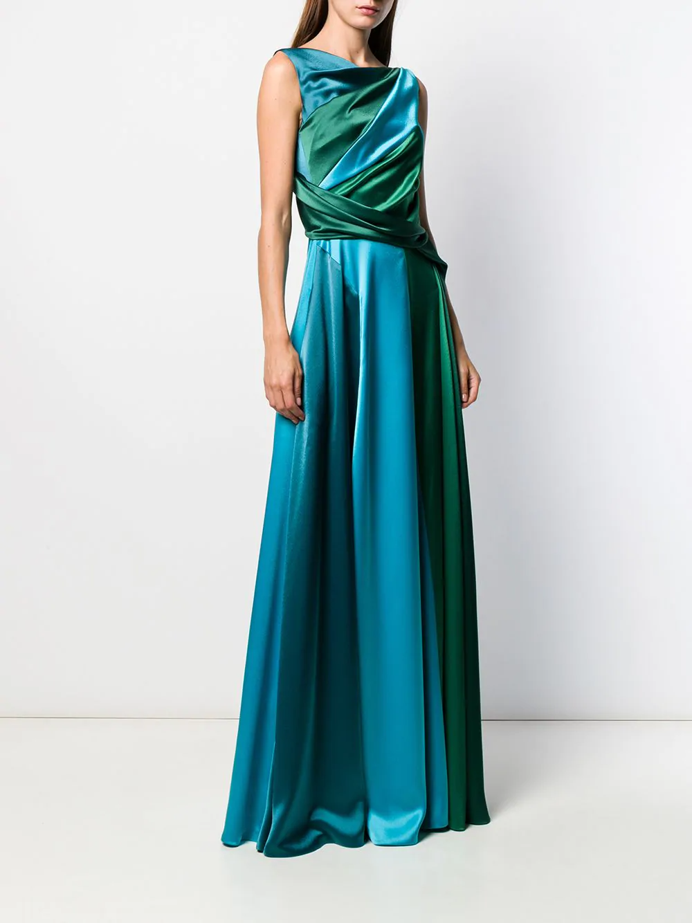Talbot Runhof Solymar Gown Farfetch In 2021 Couture Outfits Gowns Talbots [ 1334 x 1000 Pixel ]