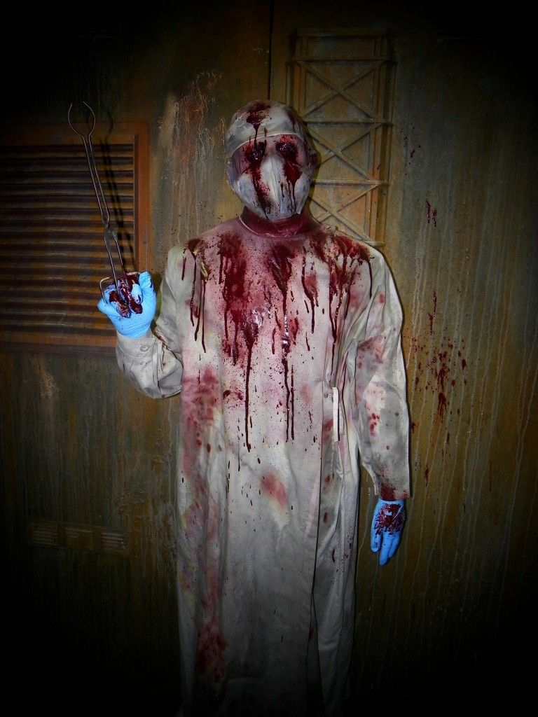 Doctor death full size halloween decoration halloween for Good themes for a haunted house