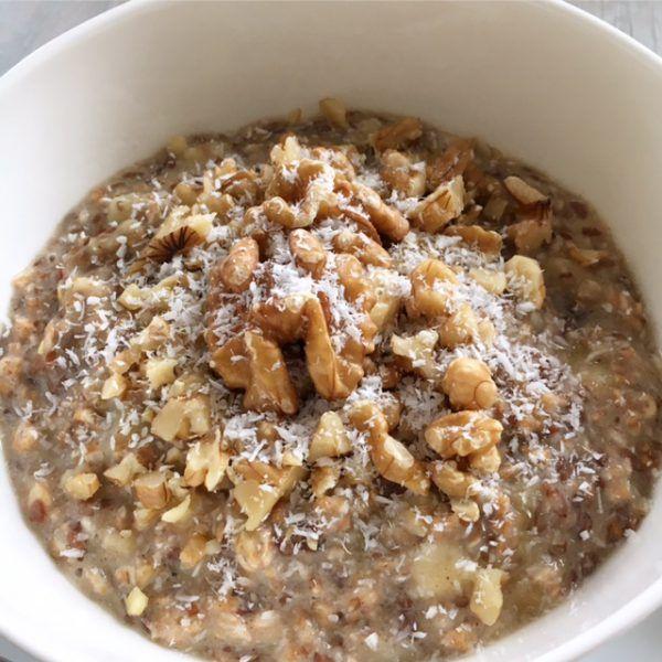 banane walnuss porridge rezept yummy haferflocken. Black Bedroom Furniture Sets. Home Design Ideas