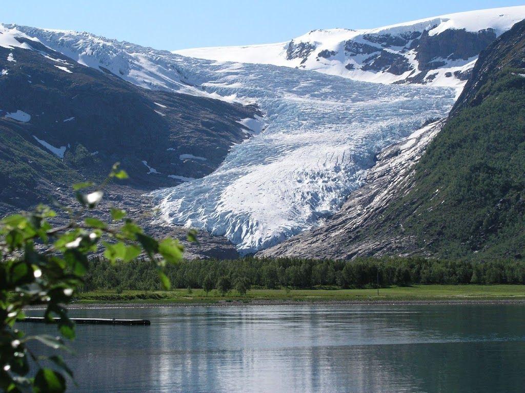 Hurtigruten - Norwegian Coastal Voyage Northbound - Ingrid Shumway - Picasa Albums Web