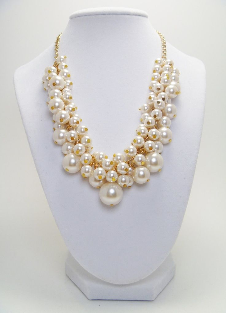 Pearl gold necklaces Design Ideas for women (1)