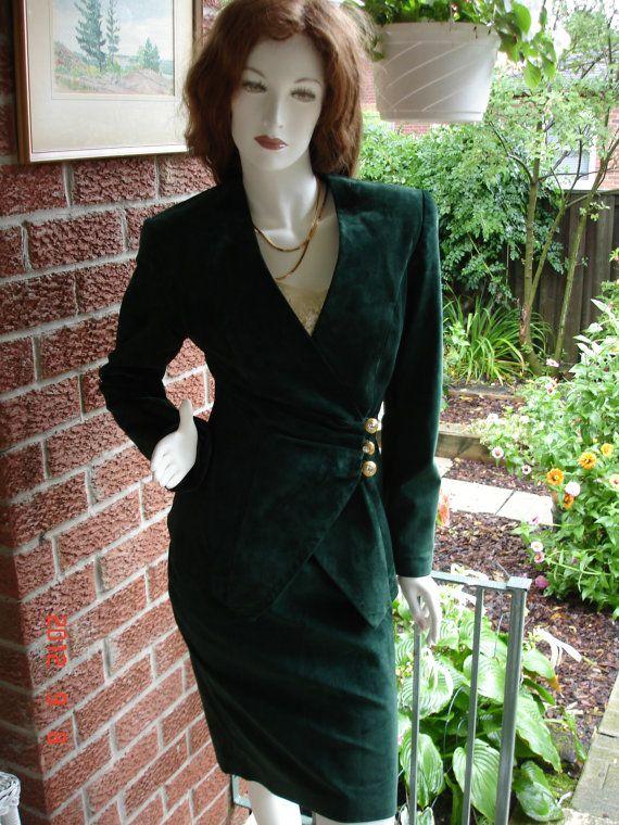 Vintage Dark Emerald Green Suede Womens Blazer Skirt Suit Size 4