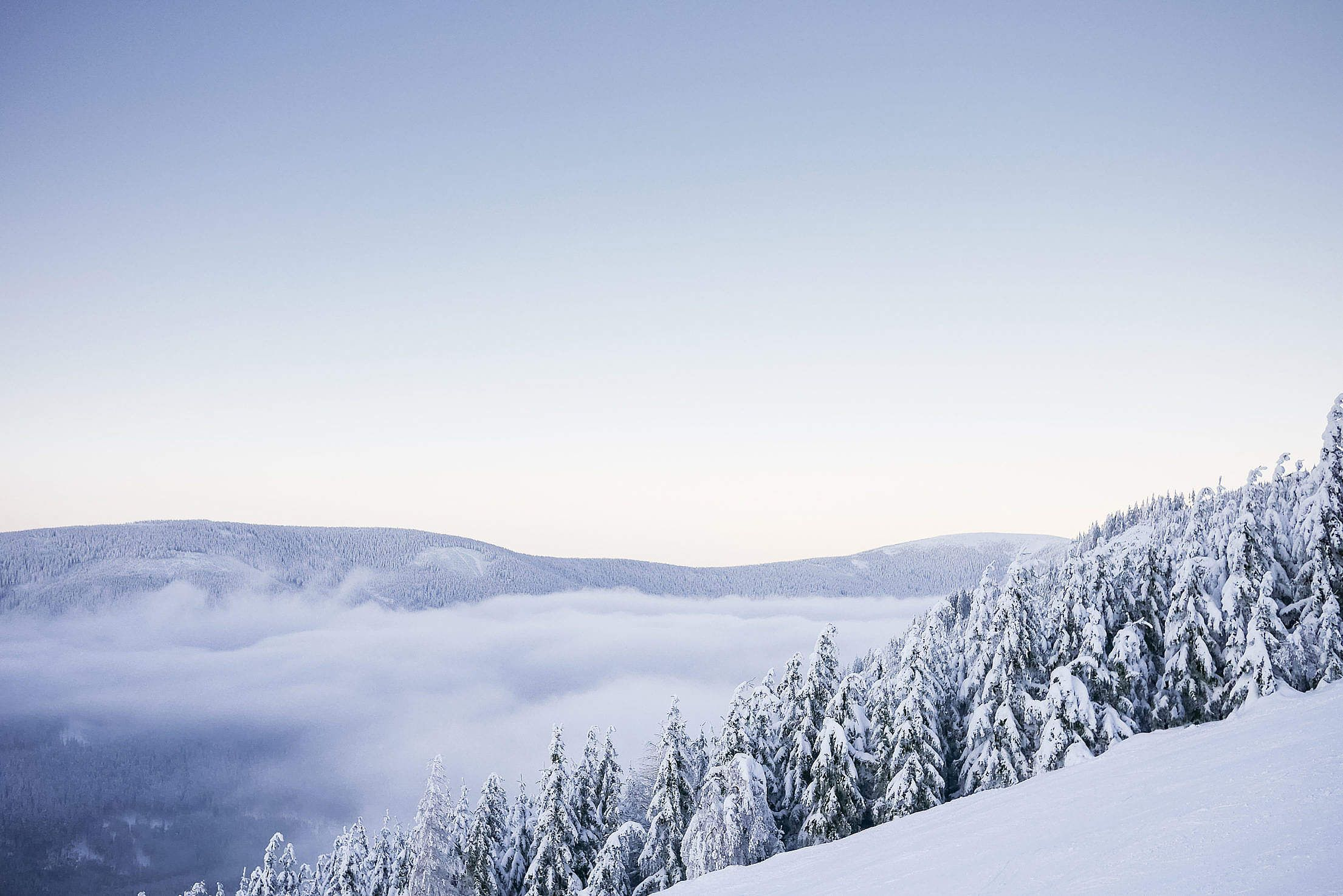 Download beautiful mountains with snow cloudless panorama