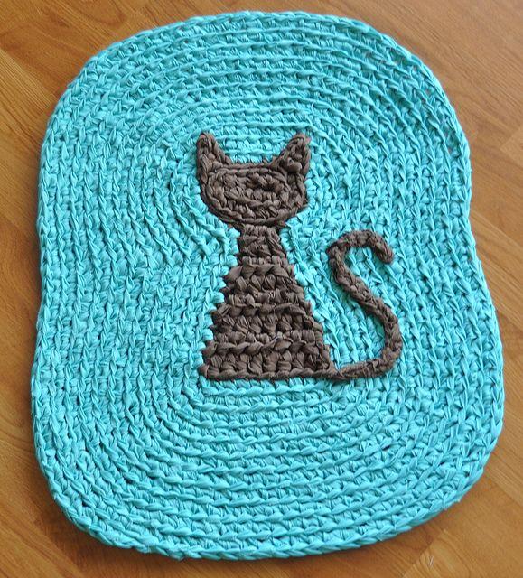 crocheted rug. Flickr.