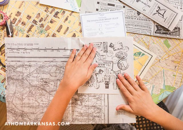 Shindig Paperie owner Trisha Logan throws a crafty back-to-school bash using simple techniques that require minimal clean-up | On the Map | August 2016 | Back to School | Kid Craft | @Shindi