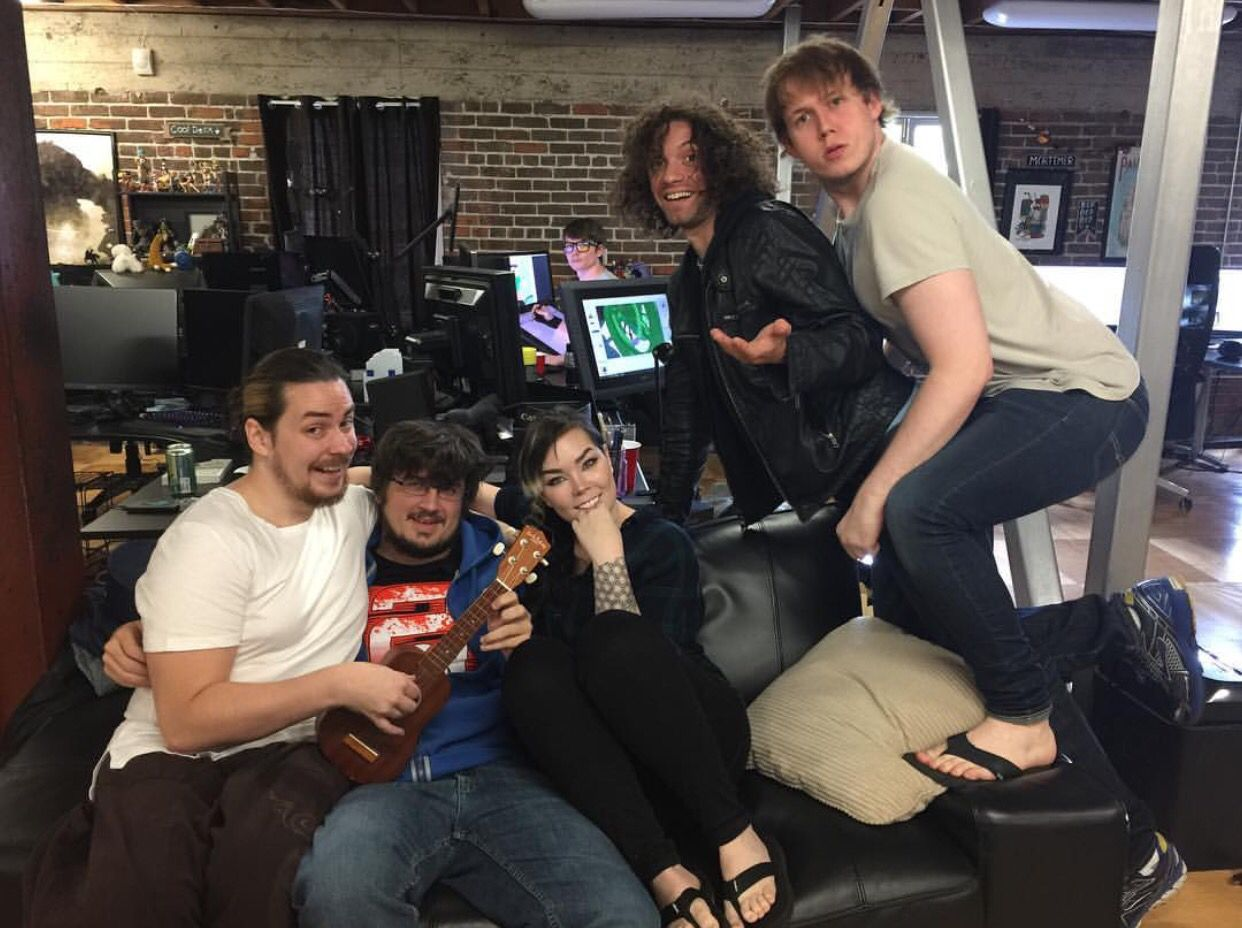 Arin, Cory Spazkid, Suzy, Ross, Danny and Chris (Oney ...