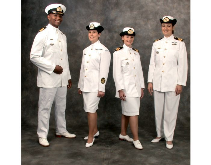Excellent The US Navy Has Updated Grooming Standards  The Other Grooming Standard Change For Women Announced Authorizes The Wear Of White Pearl Or White Synthetic Pearl Earrings With Dress Uniforms And Round Cut White Diamonds Or White