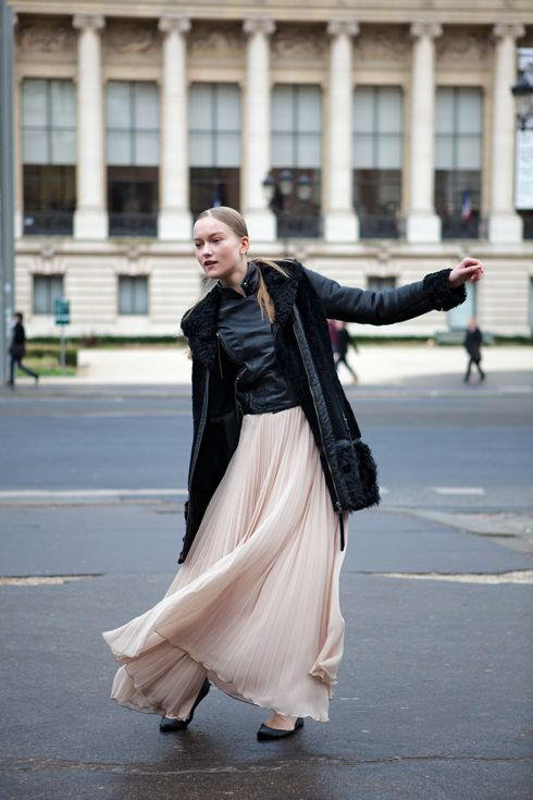Dancing in the rain on http://thelocals.dk