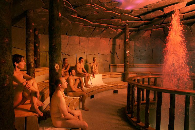 nighttime sauna in germany deutschland launen pinterest saunas spa and bath. Black Bedroom Furniture Sets. Home Design Ideas