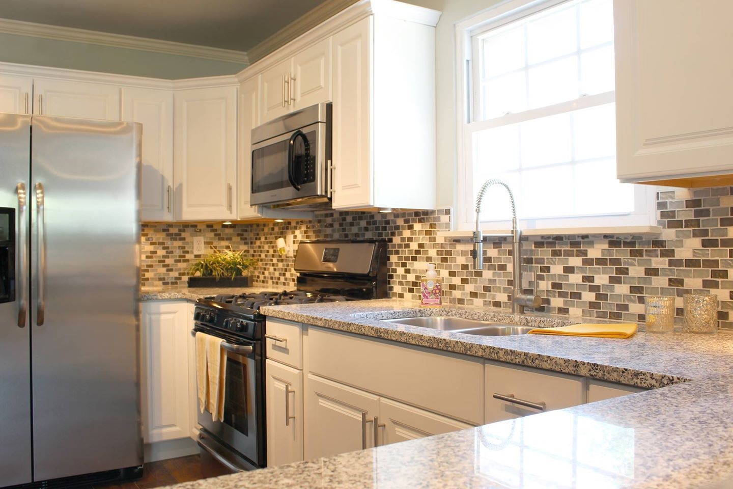Best Our White Cabinets With Salt And Pepper Granite 640 x 480