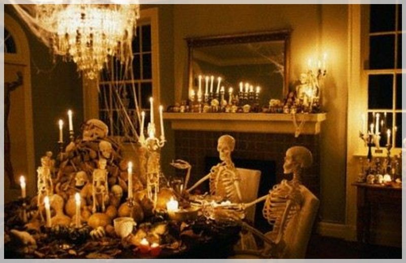 Can You Image Walking Into Someone S Dining Room And Seeing This I Wonder Where Find Life Size Skeletons