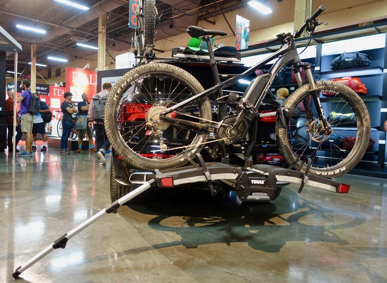 Thule Ebike Hitch Rack Shows Motorcycle Influences Singletracks Mountain Bike News Diamondback Mountain Bike Mountain Biking Gear Mountain Biking