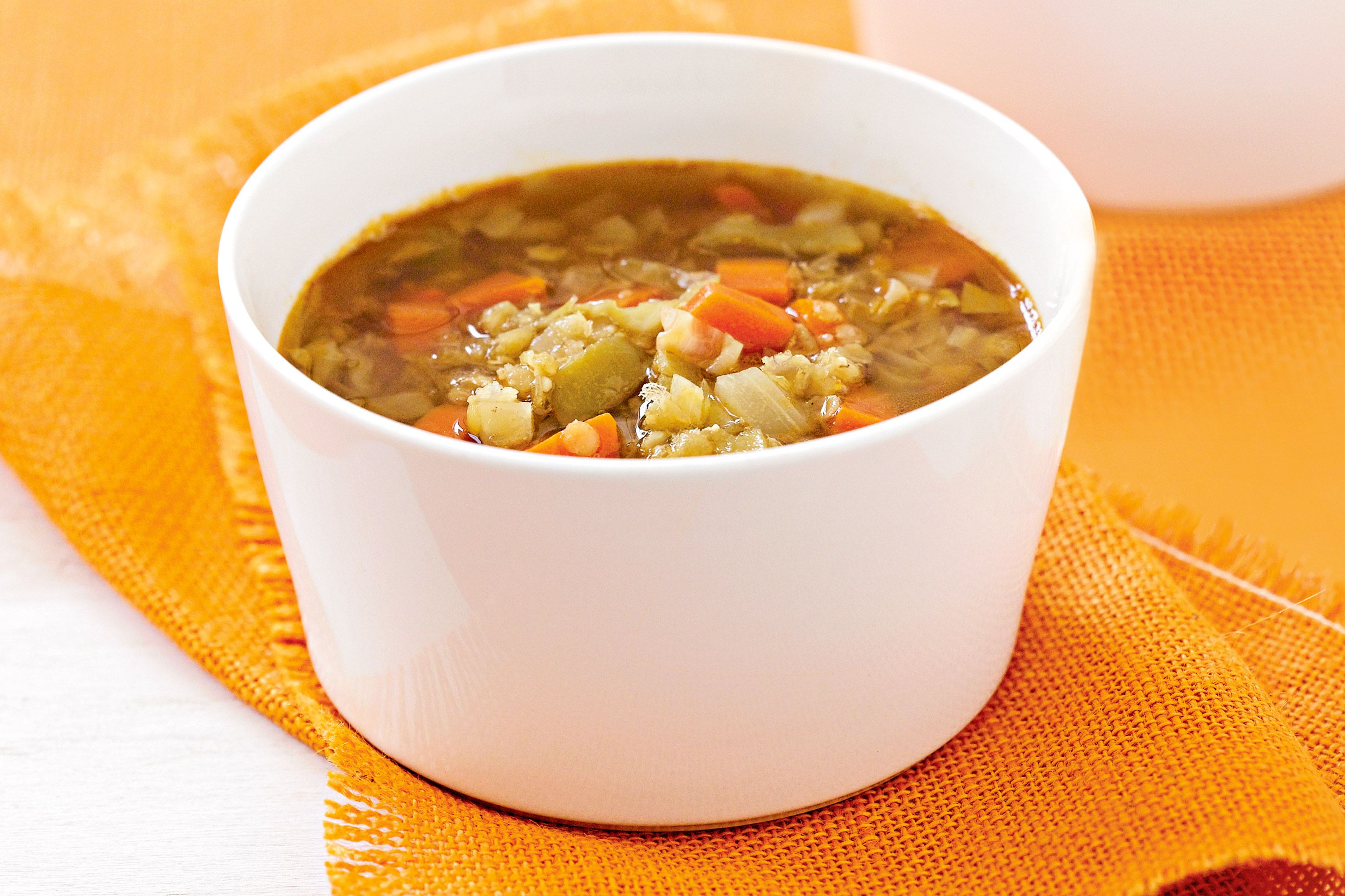 VEG LENTIL SOUP: Used 600g cut veg: broadbeans, celery, carrot, spud, zuchini and cauli. Added a few sprigs of thyme, handful of baby spinach at the end and garnished with parsley. Delish!!!