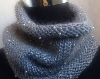 wool scarf with beads - Cerca con Google