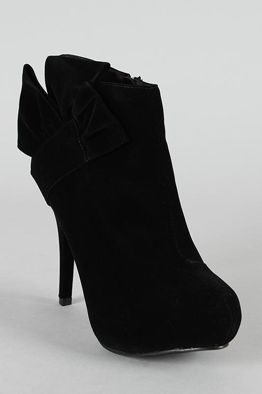 """Boots en daim """"glam"""" prix 79€ frais inclus noir, bleu ou rouge  ADHEREZ au PASS PRIVILEGE et bénéficiez imméditement de - 10%"""