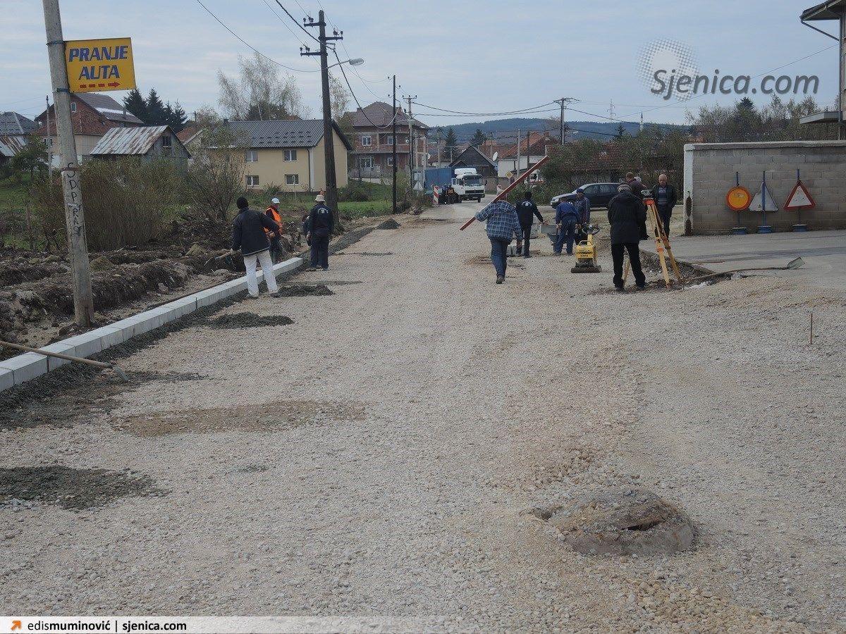 Radovi na konstrukciji Lenjinove ulice - Slike iz Sjenice 2014.g - Strana 10 - SJENICA.com forum