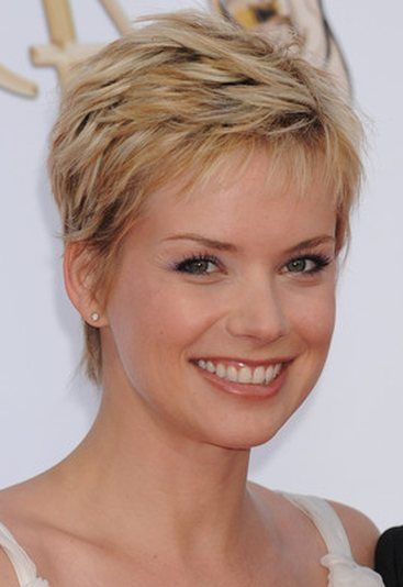 styling short pixie hair hairstyle pixie with highlights andrea osvart 1940 | ee3411319e84db33a505a0dad9f8a8ef