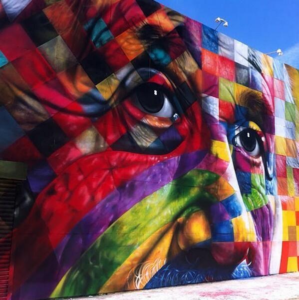 Merveilleux!! Street art by Eduardo  Kobra   Los Angeles