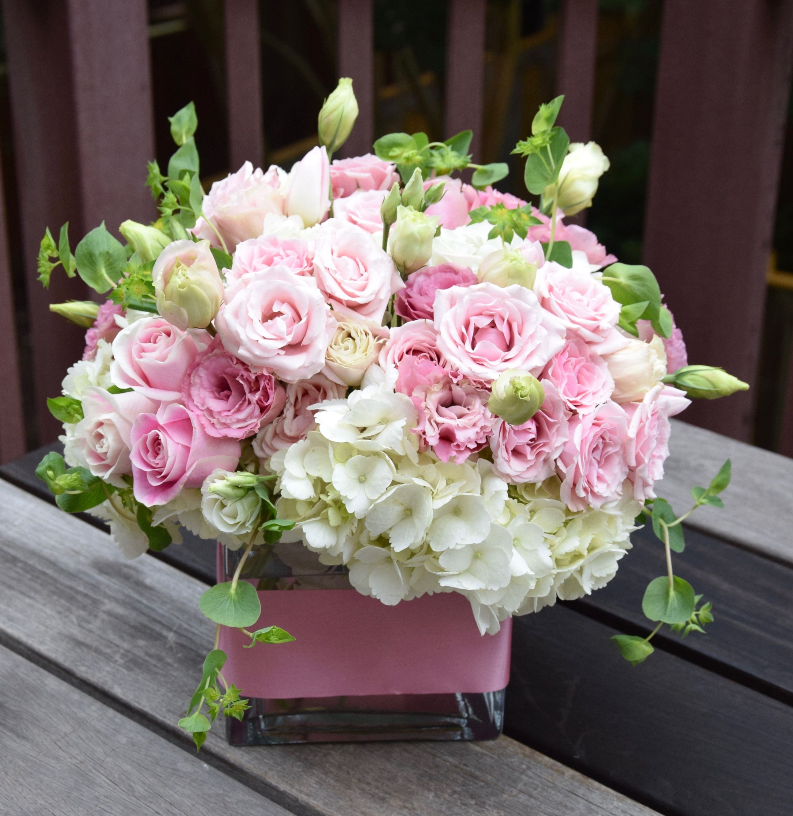 Sweet Pink And White Flower Arrangement Pink Flower