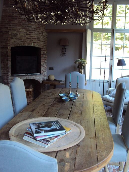 table oval shape and patina Dining room Pinterest Déco