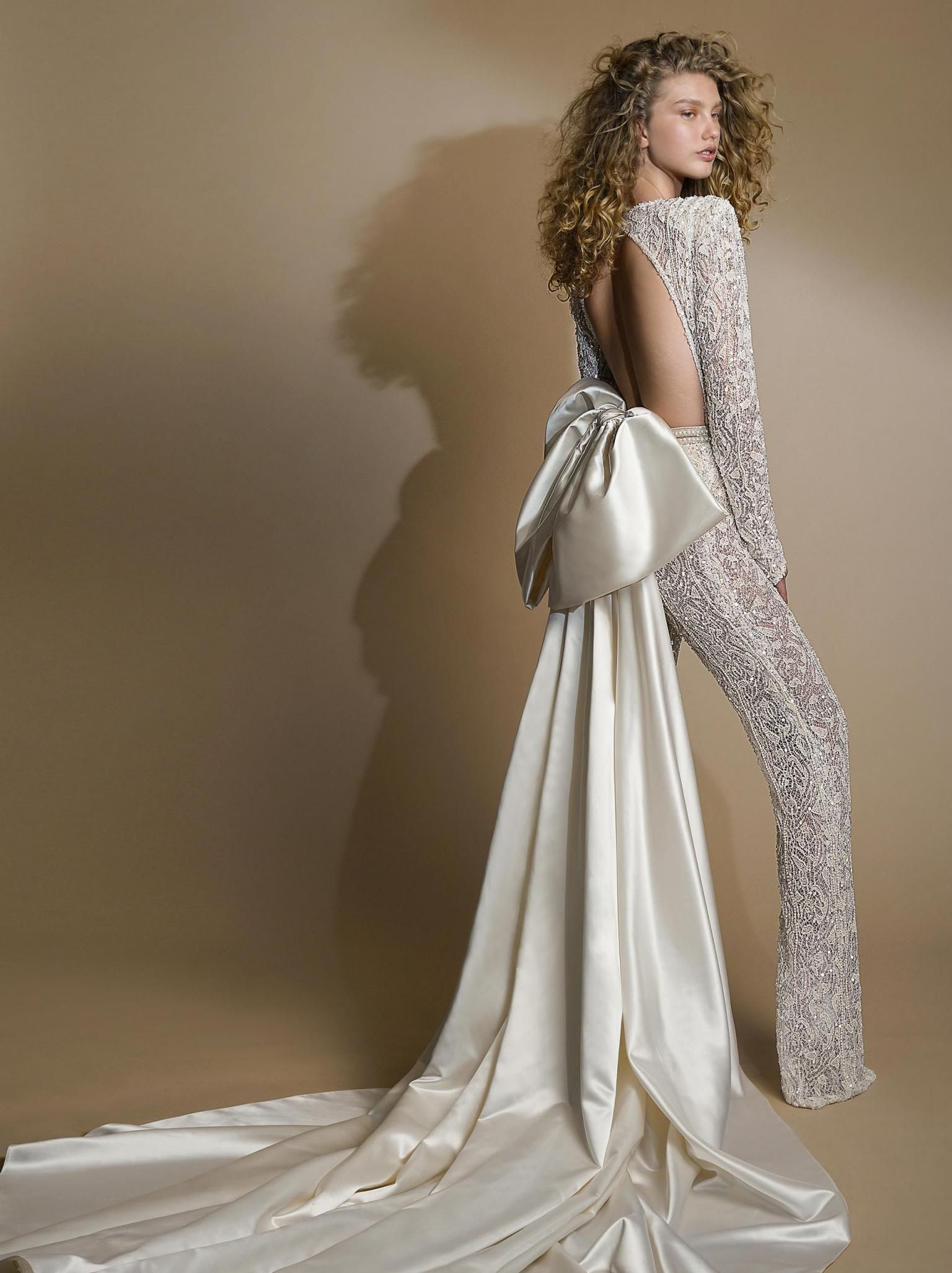 6e63003f2322 Make jaws drop as you enter your wedding in our open-backed  GALA109