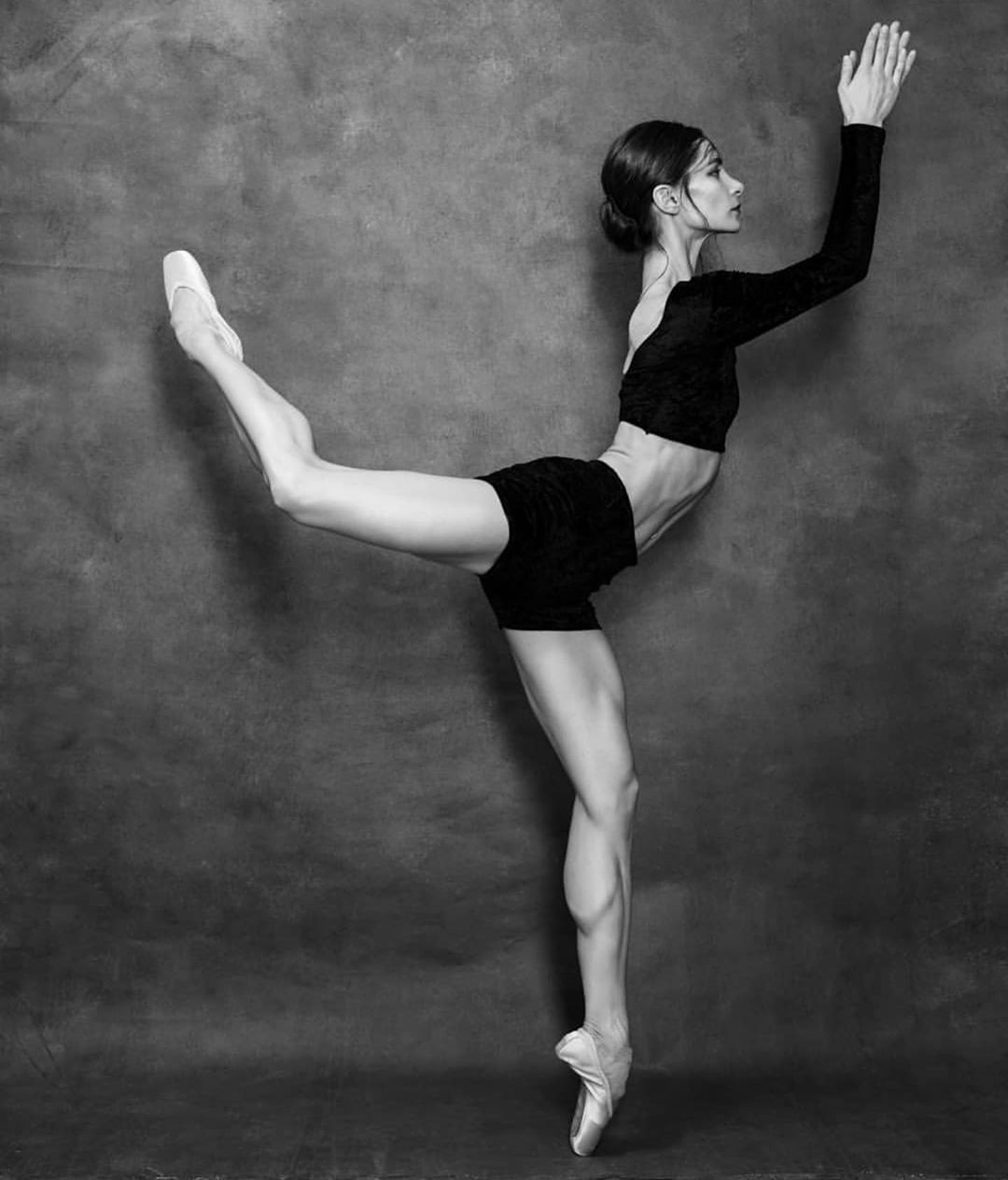 Kerrie Fewings V Instagram Spectacular Gorgeous Oxana Kardash By Alisa Aslanova Photography Oxanakardash Alisaa Ballet Girls Ballet Shoes Ballet