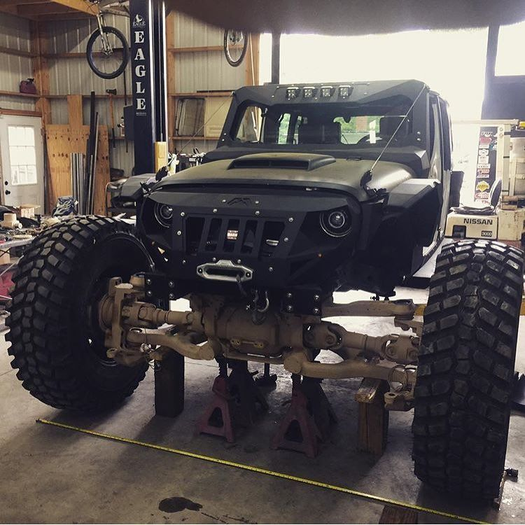 Check Out That Axle Viceunlimited Slightlyalteredoffroad Allergictopavement Rockkrawler Factor55 Justiceoffroad Jee Offroad Jeep Custom Jeep