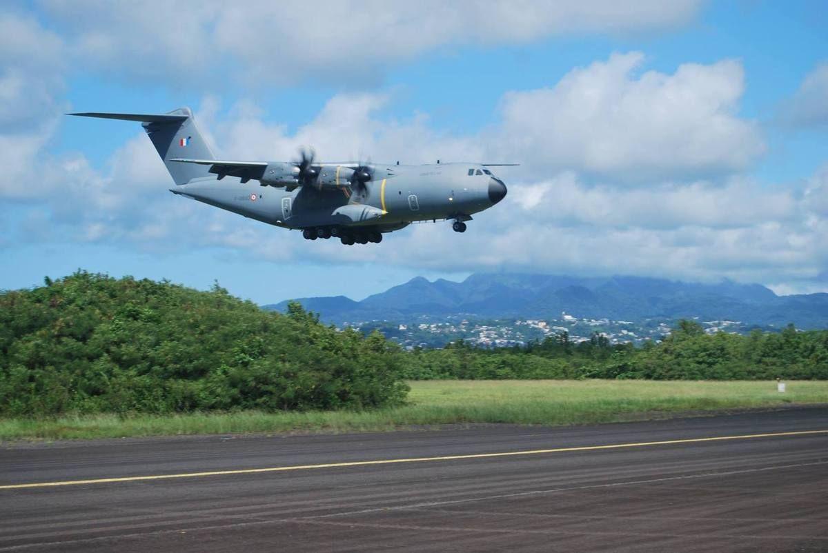 L'A400M en déploiement aux Antilles | A400M Atlas | Armée de