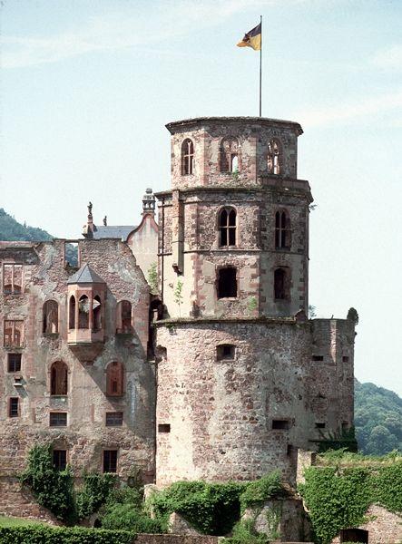 Schloss Heidelberg Glockenturm Castle Germany Castles