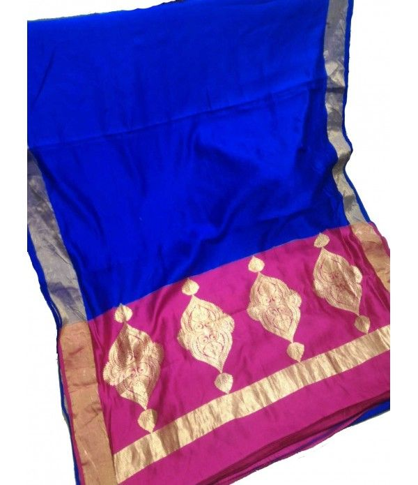 Blue Banarasi Handloom Katan Soft Silk Saree------------------------------------------------------------This blue banarasi silk is perfectly suitable to wear on events like weddings, parties, or any other formal dinner party etc-------------------------------------------Sarees from Luxurionworld
