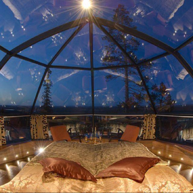 The prettiest rooms in the prettiest place: Star Gazing Bedroom (Hotel Kakslauttanen - Finland)