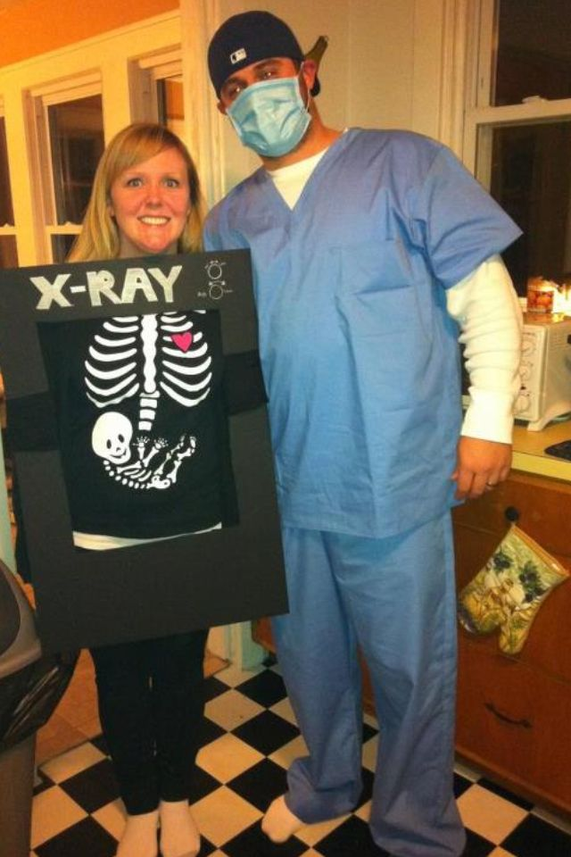 29 diy pregnant halloween costumes - Pregnant Halloween Couples Costumes